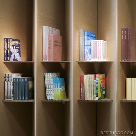 Foldaway Paper Bookshop&Bookshelf Design By Campaign