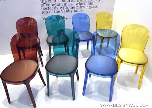 At Milan Design Week 2010 : MAGIS Murano Vanity Chair and Table