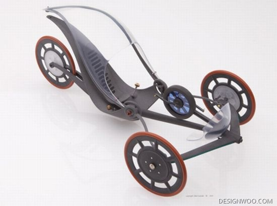 Silhouette Hybrid Trike Harvests Energy From Road Bumps